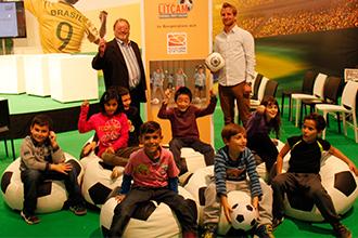 Fußball Trifft Kultur Auf Der Buchmesse Dfl Stiftung