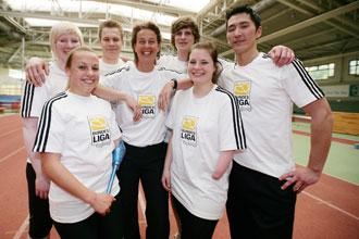 """Bundesliga-Stiftung unterstützt Initiative """"aclive, aktiv leben"""""""