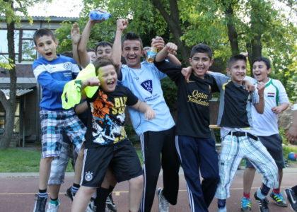 Integrationsprogramm startet mit erstem Willkommensbündnis für Geflüchtete