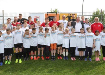 Neues Willkommensbündnis fördert Integration durch Fußball in Augsburg