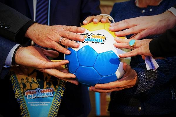 Willkommen-im-Fussball-Projektpartner-600×400