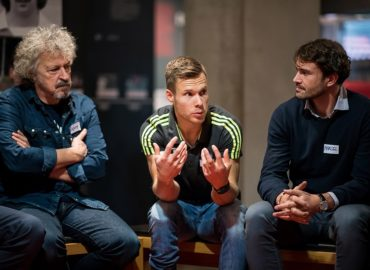 """Wolfgang Niedecken und Markus Rehm unterstützen """"Lernort Stadion"""""""