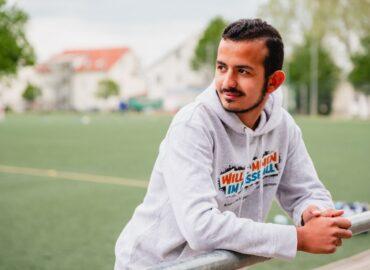 """""""Willkommen im Fußball""""-Teilnehmer Saleh wird Schiedsrichter"""