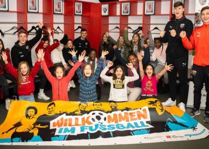 """Ingolstädter """"Willkommen im Fußball""""-Bündnis zu Gast im Audi Sportpark"""