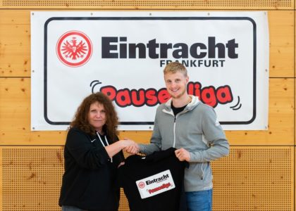 "Eintracht-Profi Hinteregger ist offizieller Pate der ""Pausenliga"""