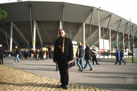 Barrierefrei in der 2. Bundesliga: Blindenreportage bei Dynamo Dresden